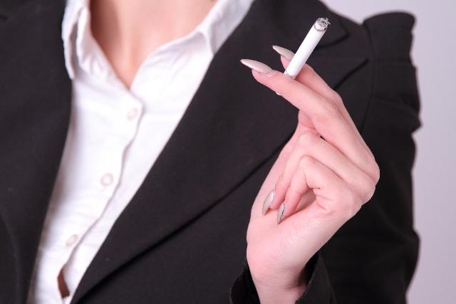 休憩時間中のタバコは禁止?クリニック全面禁煙の意味と喫煙のリスク